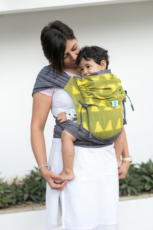bab866e8695 SOUL SLINGS Meh Dai - Sparkle on Gray - Babywearing and You